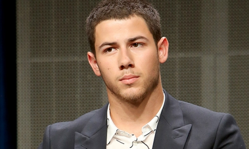 BUZZ-WORTHY: Nick Jonas Naked and Gay?