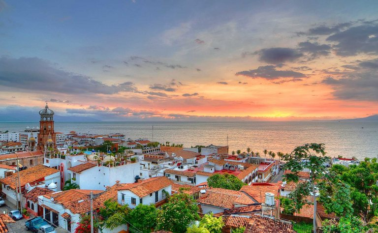 "Puerto Vallarta Becomes First ""Gay Travel Approved"" City in Mexico Image"