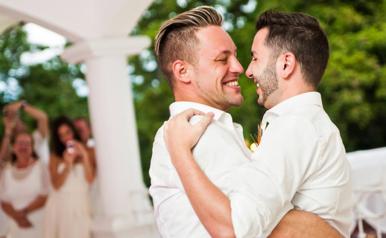 Top Gay Wedding Destinations Image