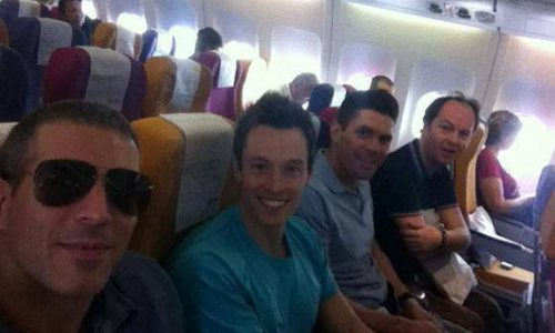 Davey Wavey's Long Flight Survival Guide
