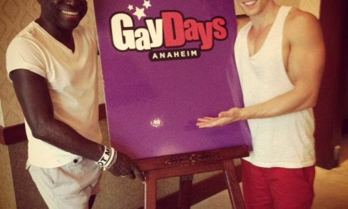 Davey Wavey hits Anaheim- and Disneyland!