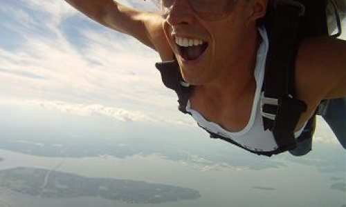 Skydiving in Newport, RI: A Real Adventure