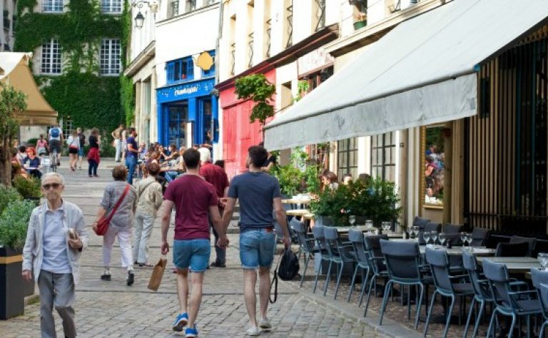Meeting the French: LGBT Guided Tour of the Marais Image