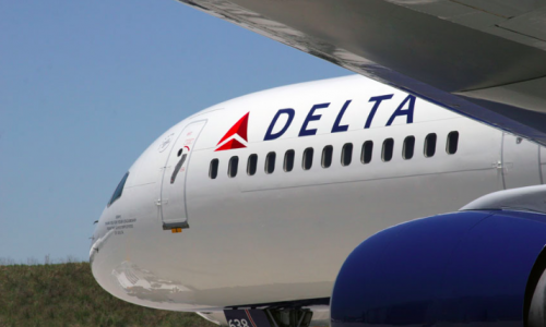 Delta to Remove Chris Rock Comedy Special Containing Antigay Slurs From Aircrafts