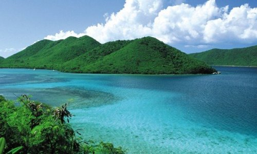 Discover Caribbean Beaches and Crystal-Clear Waters