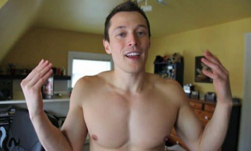 #tbt: Davey Wavey's Clothing Optional Mishap