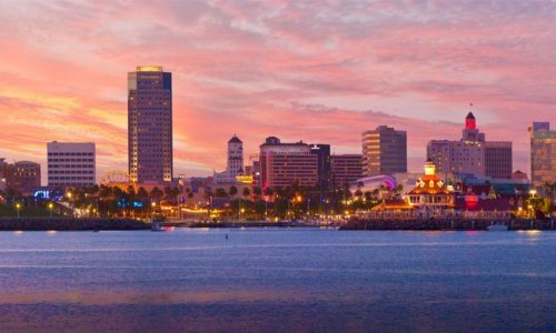 5 Must Visit Restaurants & Bars in Long Beach, California