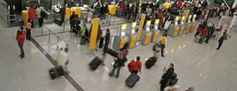 New Scanner Could Lead to Eased Guidelines for Liquids at Airports Main Image